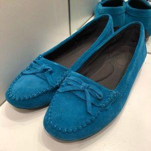 Shoes - Pluggz Mocs